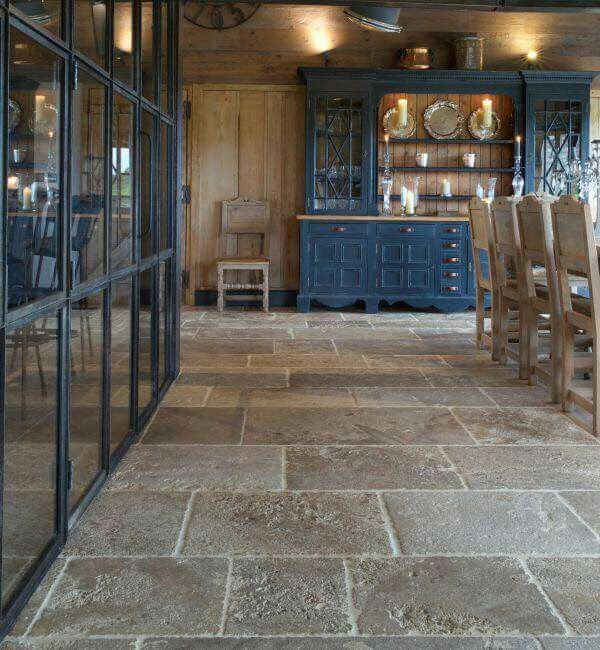 Like the floor tiles . . . . ! | Gorgeous kitchen tile, Rustic .