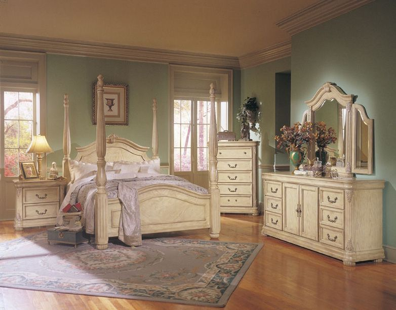 antique white bedroom furniture (With images) | Vintage bedroom .