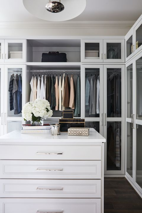 25 Best Walk In Closet Storage Ideas and Designs for Master Bedroo