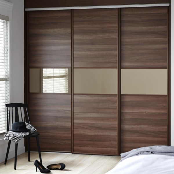 6 benefits of installing sliding wardrobe doors in your bedro