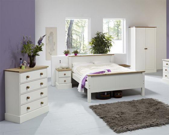 Beautiful and Elegant White Bedroom Furniture Decorating Ideas 4 .