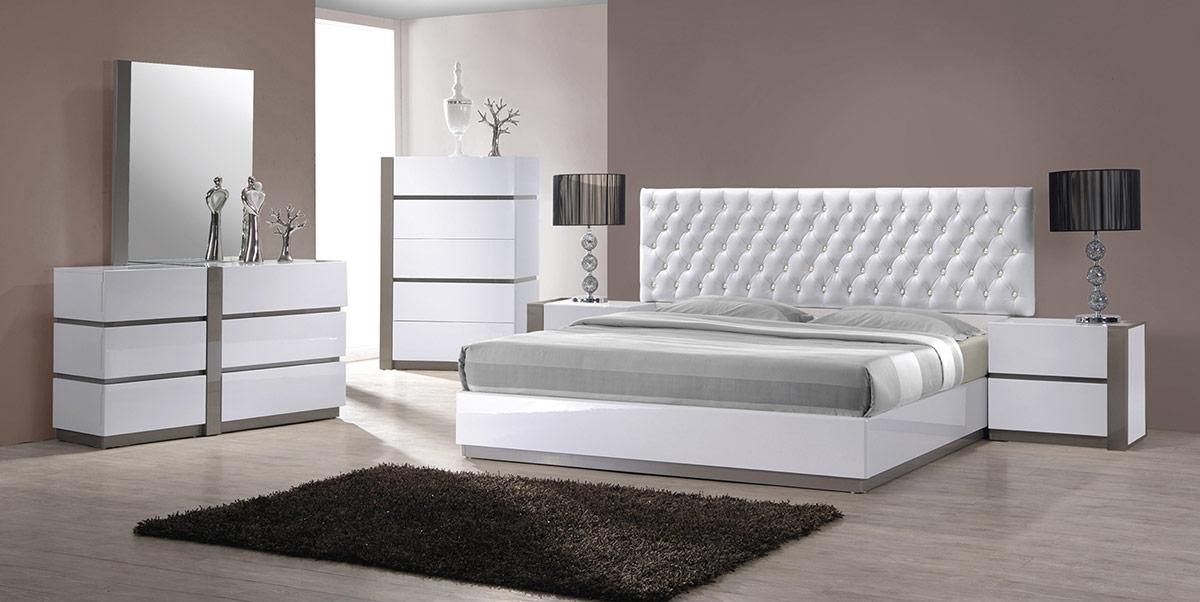 Modern White Bedroom Furniture Ideas — Oscarsplace Furniture Ideas .