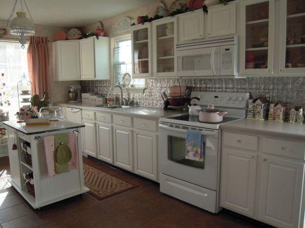 Stylish Kitchens with White Appliances - They Do Exis