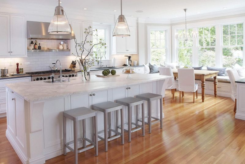 20 Gorgeous Examples Of Wood Laminate Flooring For Your Kitche