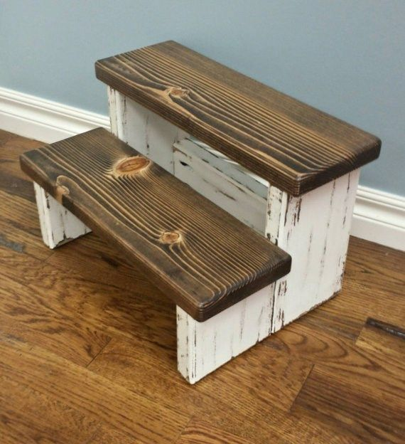 Farmhouse Step Stool | Cool woodworking projects, Diy stool .